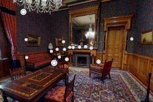Goodwin Parlor virtual tour screenshot